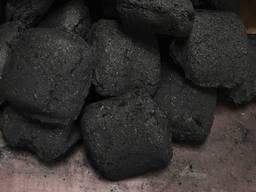 Briketa na drevené uhlie, FSC | Charcoal briquette FSC